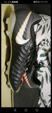 Korki Nike Tiempo Rio IV