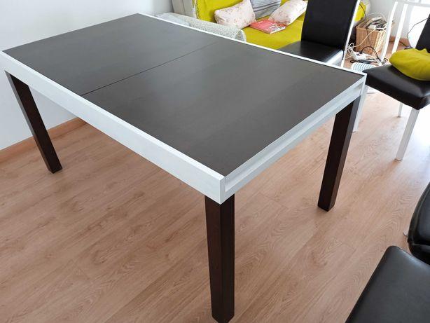 Mesa de Jantar extensível para 4, 6 ou 8 cadeiras