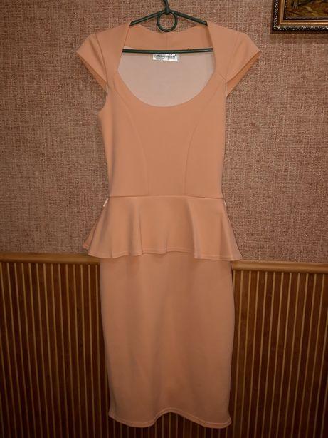 Нарядное платье плаття