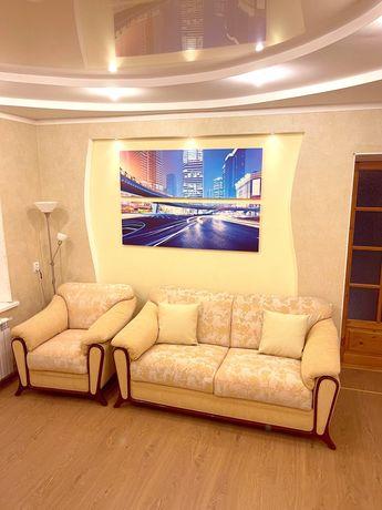 Мягкая мебель Италия диван и кресло
