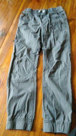 Spodnie chłopięce joggersy rozmiar 152