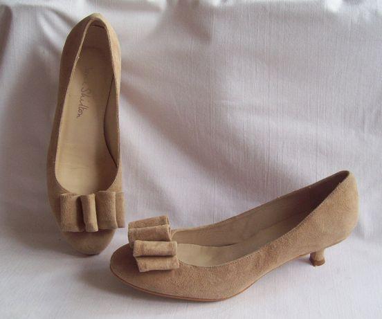 Туфли натур. замша,стелька 24,5 cм.