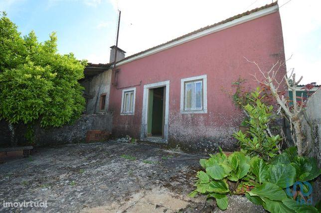 Moradia - 54 m² - T2