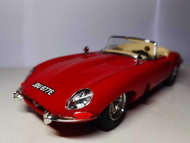 Jaguar E-Type (1961) Burago 1/18