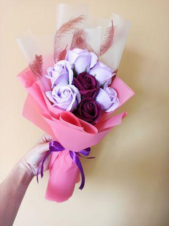 Мильні композиції. Троянди на мильній основі
