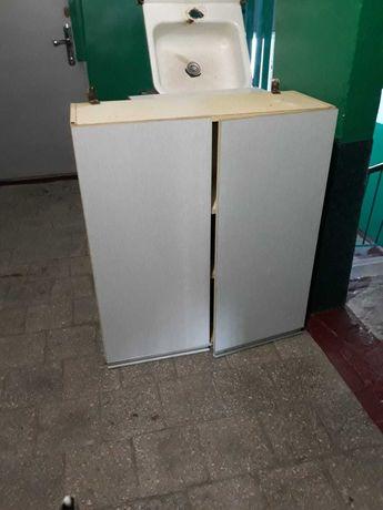 Кухонный навесной шкаф и тумба