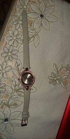 Zegarek z Swarovski