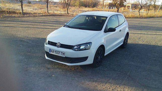 Продам Volkswagen Polo 2013год.