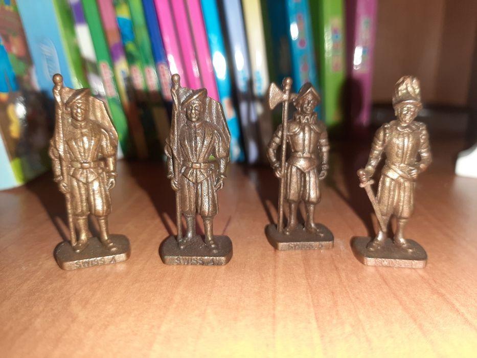Бронзовые фигурки солдатик статуя Никополь - изображение 1