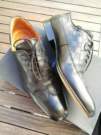 Sapatos Homem Hugo Manuel 43 (Felgueiras)
