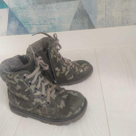 Продам ботинки для мальчика Котофей 26 размер