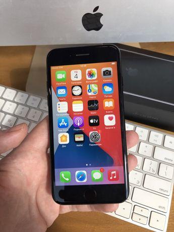 iPhone 7 Jet Black 128 GB + куча ништяков к нему( не айфон 8 не plus)