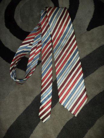 Bugatti nowy krawat, 100% jedwab, paski, piękny.