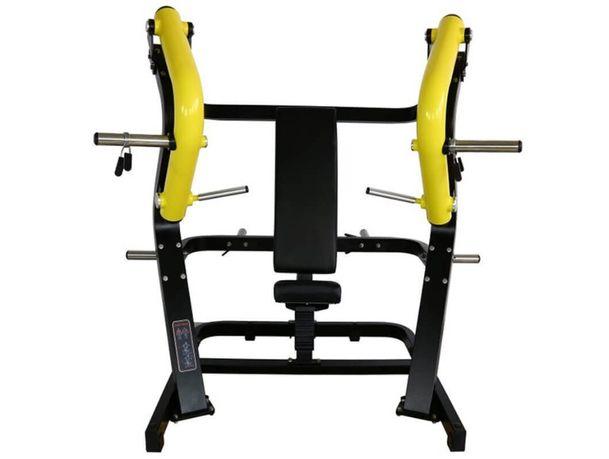 Maszyna na klatkę piersiową (chest press)