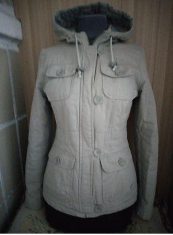 Куртка женская Осенняя•Цвет–Серый•Капюшон•Карманы•Размер–46 как Нова