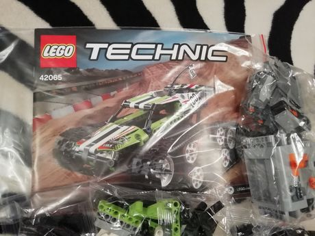 Zdalnie sterowane auto kompatybilne z Lego Technic