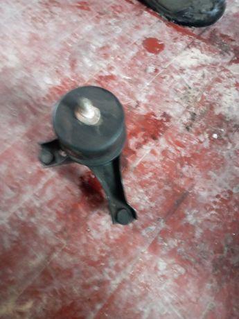 Подушки двигателя  рычаги стойки пружины камри 55 кемри америка