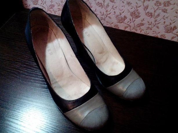 Практически новые туфли КОЖА