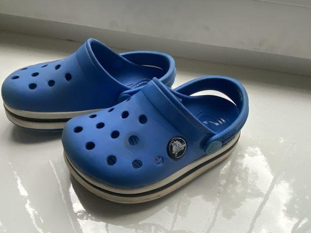Crocs c 6 c 7