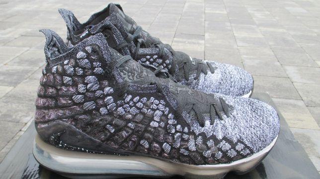 Nike Lebron XVII rozm 46