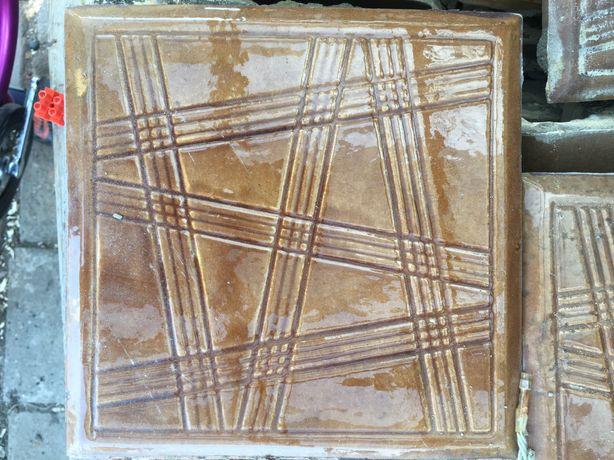 Kafle piecowe i cegły szamotowe