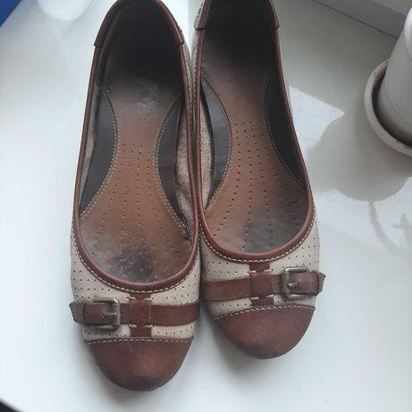 Туфлі, балетки жіночі безкоштовно