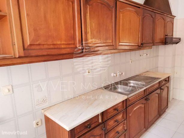 Apartamento T2 com arrecadação e excelente exposição sola...