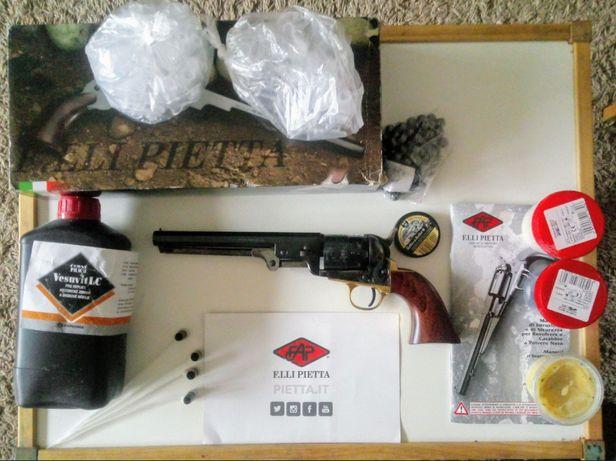 Zestaw Colt Navy Yank Stell kaliber 44 + czarny proszek