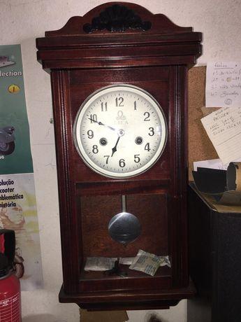 Relógio parede antigo