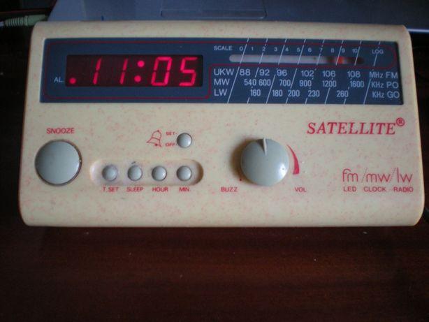 Часы приемник Satellite