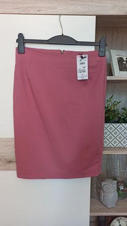 Spódnica ołówkowa, Reserved rozmiar 38, różowa spódnica.