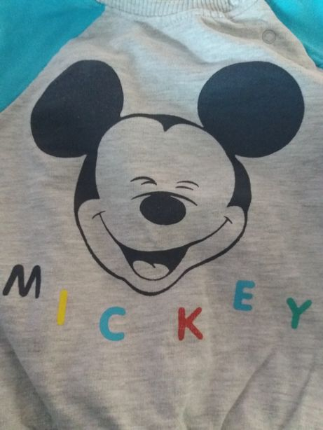 2 komplety dresów Disney 80