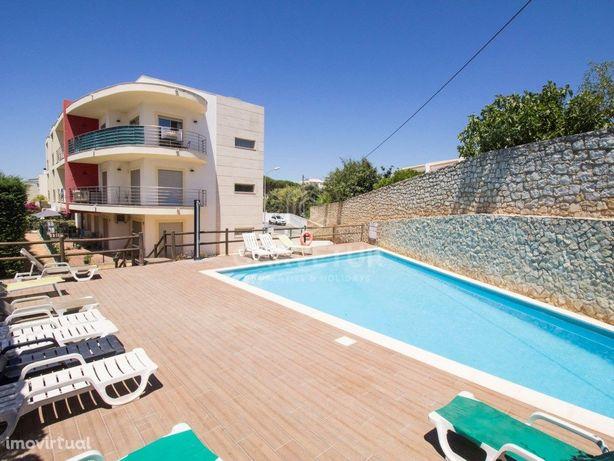 Apartamento T1 com piscina nos Olhos de Água em Albufeira...