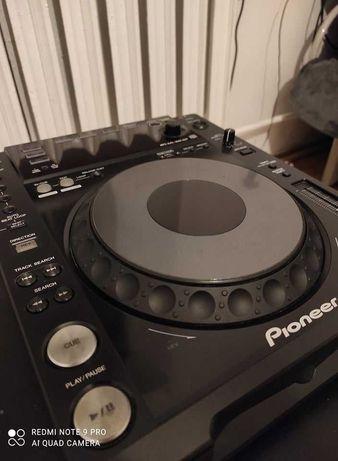 Pioneer CDJ 850 x2