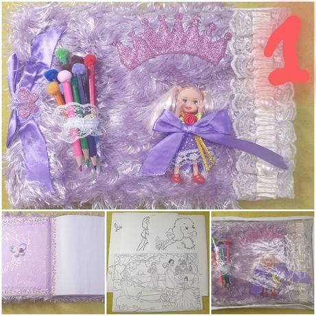 Альбом   для рисования (подарочный)   карандаши+ раскраски+ куколка)