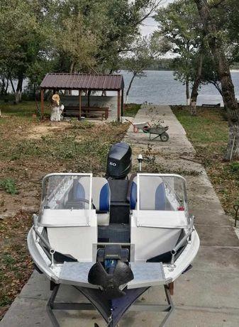 Продам лодку Казанка М5М3