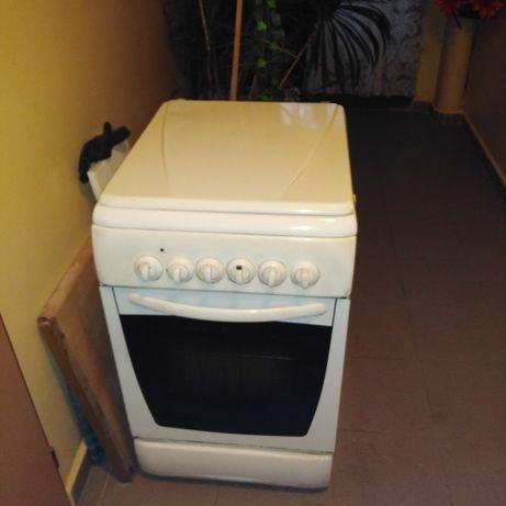 Sprzedam kuchenke gazowo elektryczna