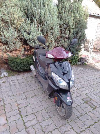 Продам скутер или поменяю