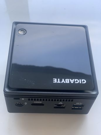 НеттопGigabyte(GB-BACE-3160)Мини ПК  Учёбы и работы 4-ядра/4GB/SSD60GB