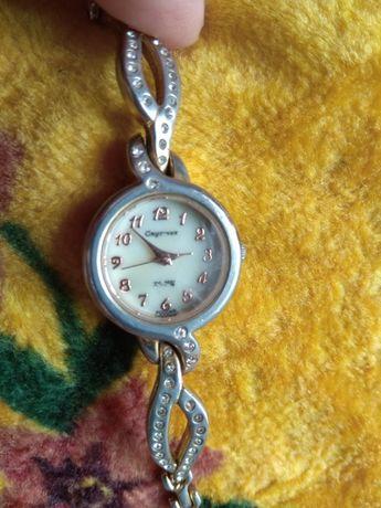 Женские часы Спутник