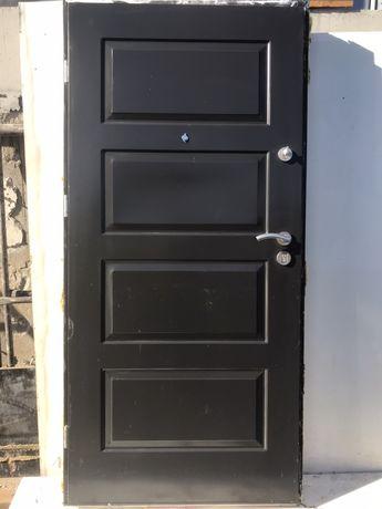 Drzwi zewnętrzne stalowe KMT, kolor antracyt 97x206