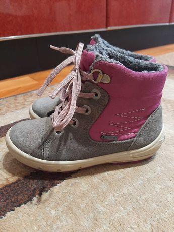 Демисезонные ботинки superfit 25 размер на девочку