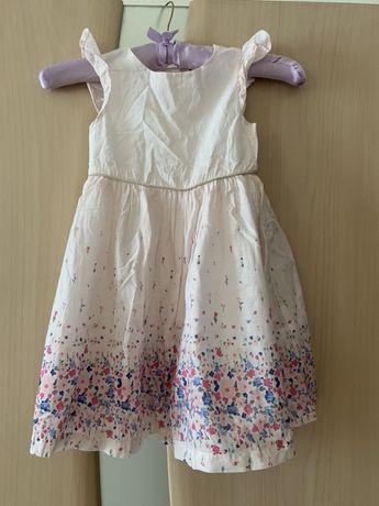 Платье детское на девочку очень легкое и красивое