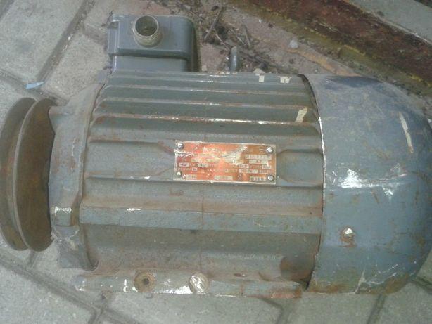 Электродвигатель 3-х фазный, 4кВт