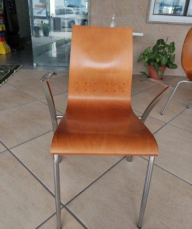 Cadeiras e mesas (esplanada)