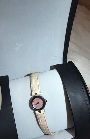 швейцарские часы RADO Новые