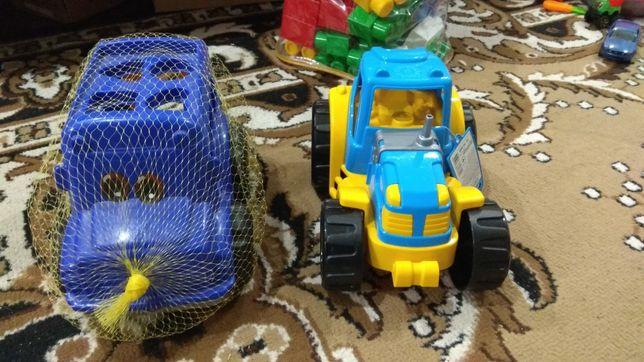 Игрушка, сортер, трактор, автобус