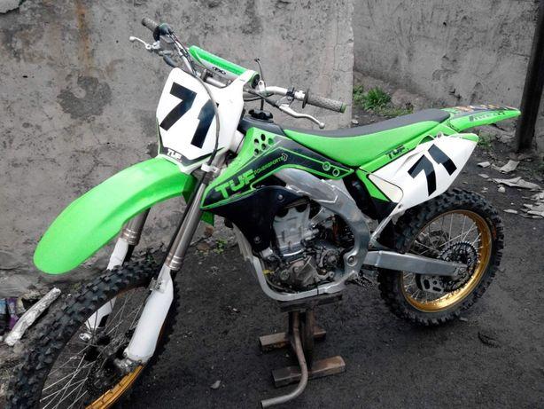 Продам кроссовый мотоцикл Kawasaki KX450
