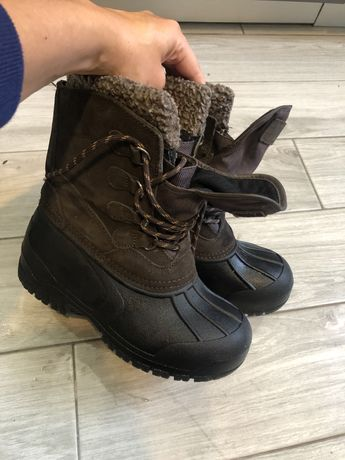 Зимние , фирменные ботинки 36 р