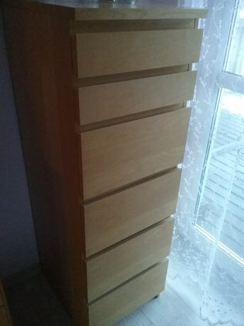 Komoda z lustrem z Ikea